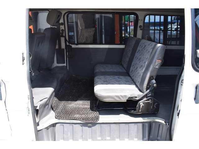 ■後席は人が乗らない時は荷物や道具がたくさん積めます■