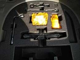 パンク応急修理キットが乗っているので、タイヤがパンクした際には役に立ちます!!