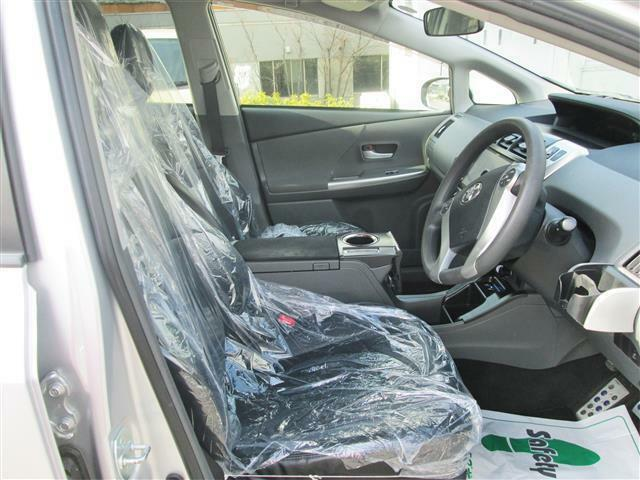 ◎運転席周りもゆったりしていますね!!