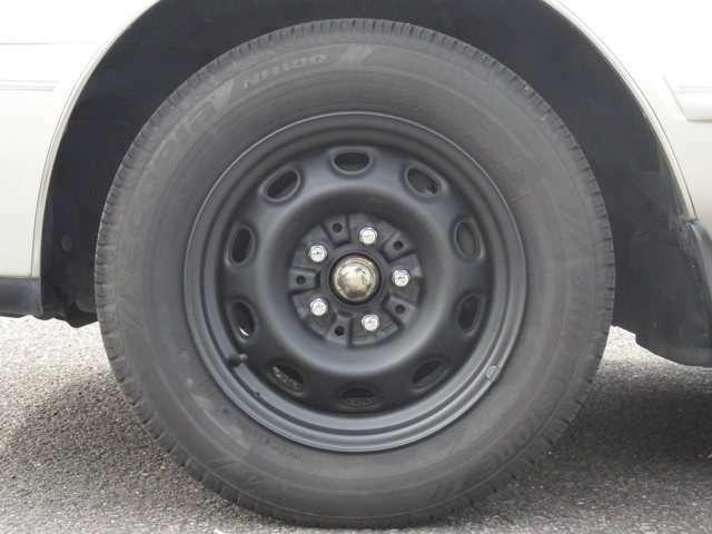 タイヤホイールの画像です。純正ホイール付。