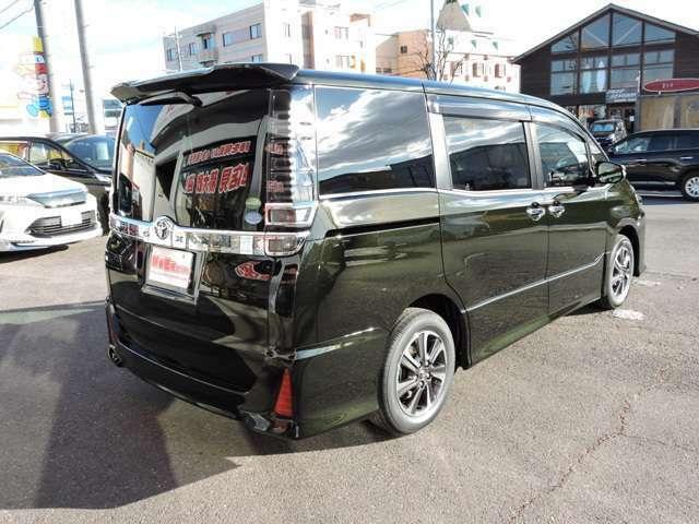 ZS煌  SDナビ付 新車 両側電動 リアエアコン 特別色イナズマスパークリングブラックガラスフレーク サイドバイザー