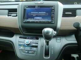 7インチスタンダードナビ装着します。地図更新3年3回更新付き。Bluetooth(ハンズフリー&オーディオ)対応、リアカメラ、ETC、DVD再生、CD録音対応しています。