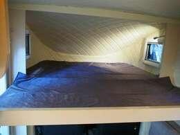 バンクベッド付き! 寸法174cm×130cm