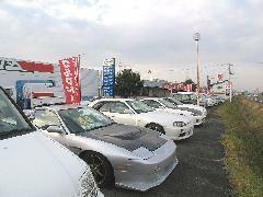 ファミリーカーからスポーツカーまで豊富な車種をラインナップ!