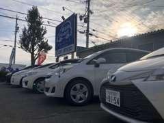 【展示車】人気の軽自動車を中心に常時20~30台を展示しております。商品車には自信があります。