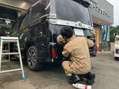 認証工場完備!国家資格を持った整備士がお客様の車をきちんと整備させていただき、安心・快適なカーライフをご提供いたします☆