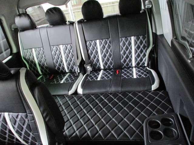 ハーツW1ベッドキット付属!簡易型ながら4列目シート座面と併せる事で80×170のベッドサイズに!