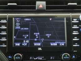 トヨタ純正Tコネクトナビゲーション付き♪フルセグTV・DVD・CD・AM・FMが視聴可能☆使い勝手も良く、操作も簡単です!お気に入りの選曲で、通勤・ドライブを快適にどうぞ♪