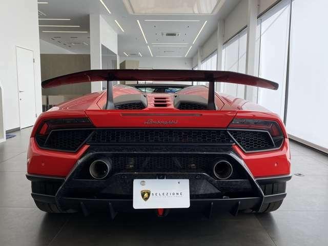 Rear View Camera and parking sensors
