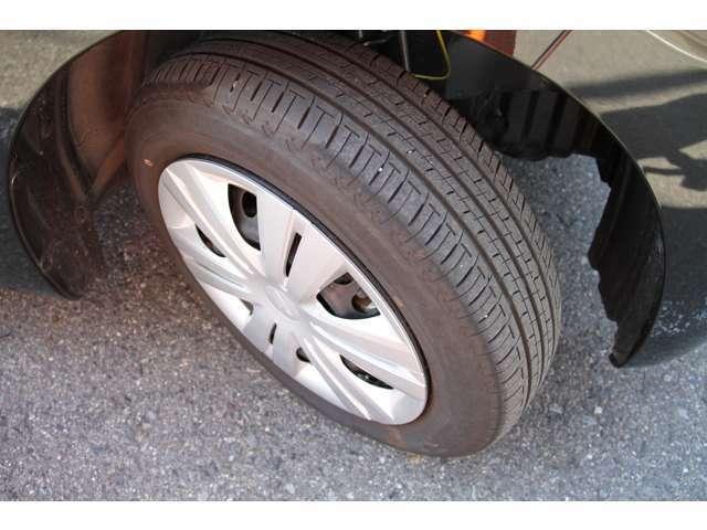 タイヤは溝深いです!!