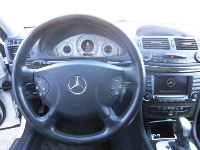 ☆輸入車に乗るならやっぱり左ハンドルではないでしょうか☆カッコよさが格段に違いますね☆