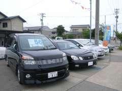 軽自動車・コンパクトカー・輸入車など取り揃えております。
