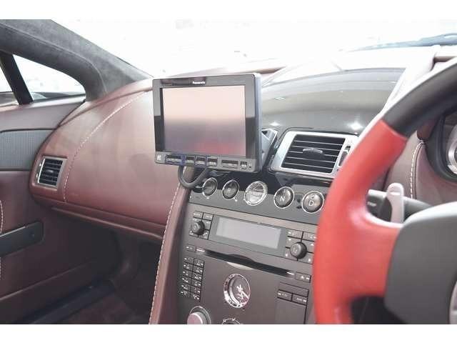 社外ナビゲーションを装備しております!ドライブのお供としてお役に立つと思います!