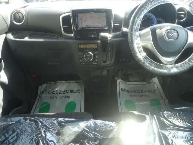 安全装備エアバッグ ABS装着車輌です。シートベルトもお忘れなくお願いします。