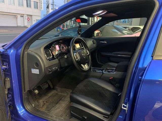 ド派手なアメ車がお好みのオーナー様にお勧めのAZR様カスタムデモカーです!