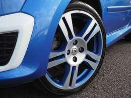 ゴルディーニ専用17インチアルミホイール タイヤはYOKOHAMA ADVAN FLEVA  195/40R17 81W 2019年製造