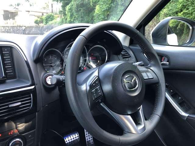 新車当時オプションで有った、パドルシフトも装着されて居ります。