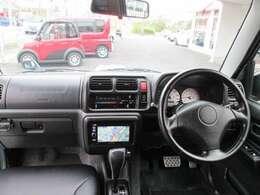 ★この車両の注目して頂きたいポイントは1:社外ナビ、2:シートヒーターです♪♪