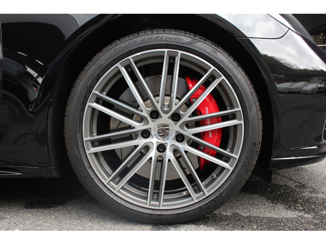 21インチ 911ターボデザイン ホイール