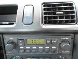 AM/FMラジオがついています