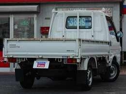 1,800CCのガソリン車です