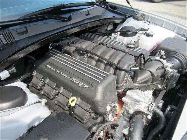 6.4L-V型8気筒HEMIエンジン カタログ値 : 485hp
