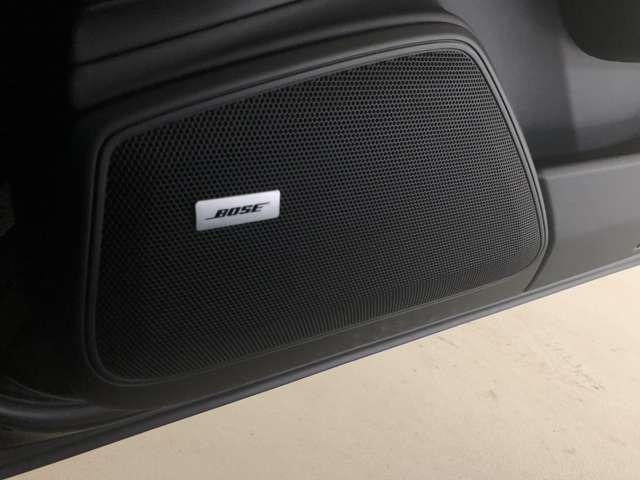 パワフルなサウンドが特徴の、BOSEサラウンド サウンドシステムを搭載。車種ごとに音響特性を最適にチューニングしています。