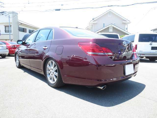 日本では1代目で姿を消したAVALON アメリカではカムリの兄弟車として販売されてました♪