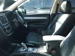 エアコン付です!夏場、車内は猛烈に熱くなります。簡単操作で快適に車内温度をコントロールします!