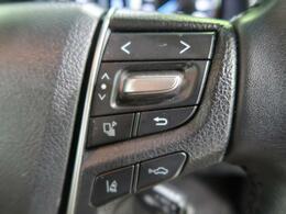 【プリクラッシュセーフティシステム】 進路上の先行車や障害物などをミリ波レーダーで検出し、衝突する可能性が高いと判断した場合に警報やブレーキの制御により衝突回避を支援します。