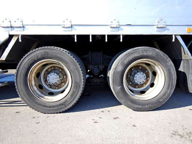 在庫にないトラックも見つかるまでお客様のサポートをさせて頂きます!(セミロング、ワイドロング、超ロング、パワーゲート、冷凍車、2t、4t)等。お探しのトラックが見つかった後のサポートもお任せください☆