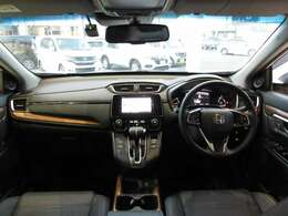 大きなガラスで視界が良く運転しやすいお車です!