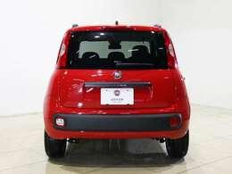 イタリアでは大衆車として沢山のPANDAが走っているんです!