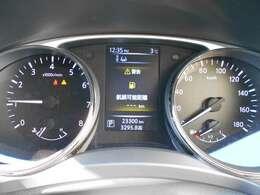 メーター周り  センターディスプレイで車両の多彩な情報を確認することが可能♪