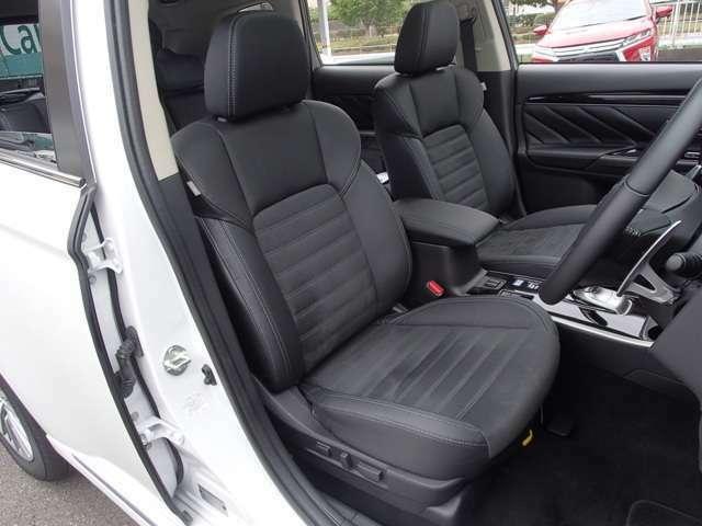 運転席・助手席電動シート+シートヒーター サイド・カーテンエアバック