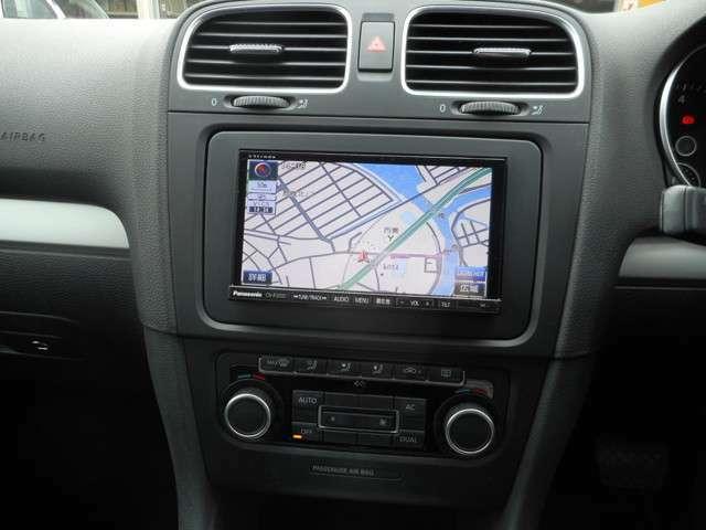 メモリーナビでラジオ、テレビ、音楽が聴けます!DVDも再生可能です!7インチのナビになります。
