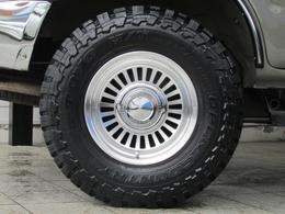 新品DEANカリフォルニア16インチAWに新品TOYOオープンカントリーMTタイヤの組み合わせ!