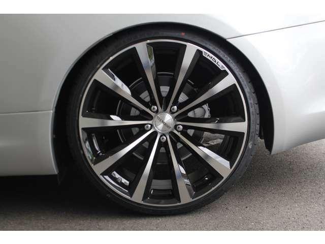 レクサスをはじめ、お車の事なら何でもオートエクスチェンジにお任せ下さい。プロスタッフが全力であなたのカーライフを全力でサポート致します。
