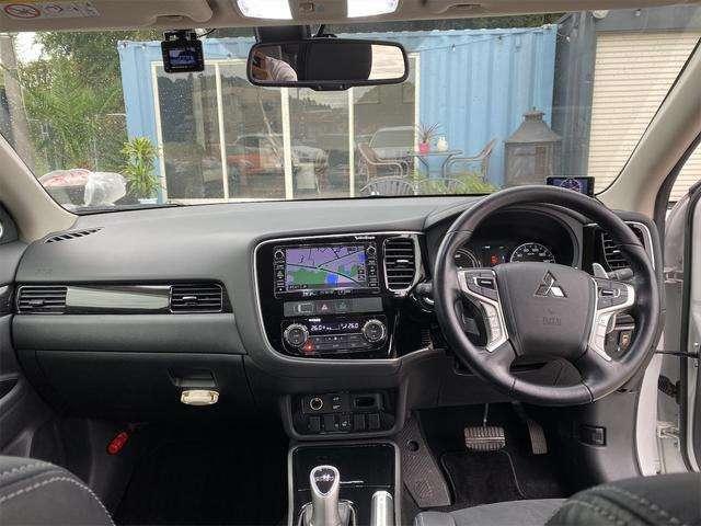 車検も当店をぜひご活用下さい!代車無料で車をお貸出しますので、費用を抑えて車検をお受けする事が出来ます。