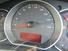 走行3.7万Kmとなっています。ABS、Wエアバック付きです。