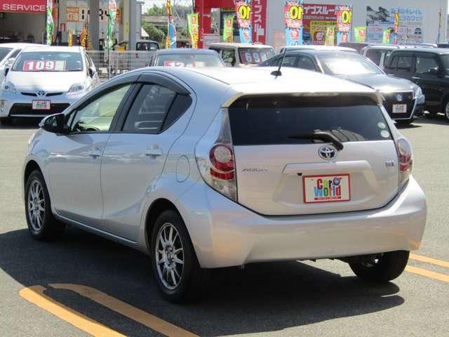 サービス充実の平川燃料グループ、カーワールド荒尾店スタッフ一同が新車・中古車・車検・修理・保険まで、お客様にご満足いただけるご接客・ご対応を目指します。