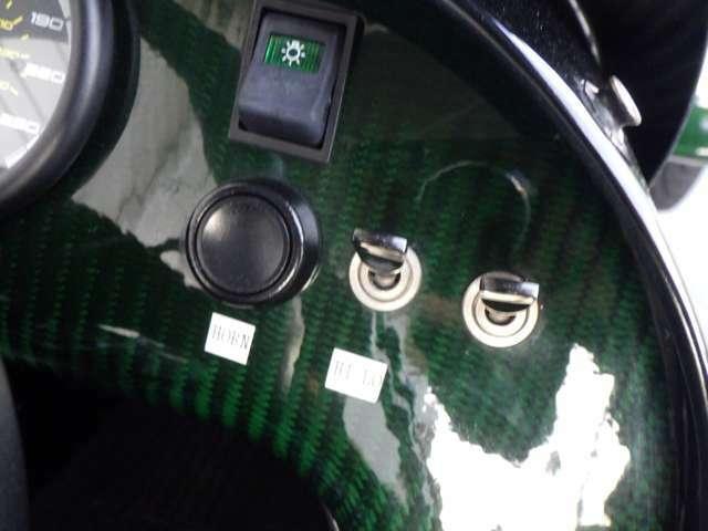 遂に希少のケータハム ベース250レースパック付の特別仕様【小林可夢偉スペシャルリミテッドエディション】低走行車で国内限定 10台の一台です。お早めに。