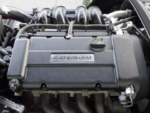 セブン 250(レースパック付き)がベース。1.6リッターで125PSを発生するフォードシグマエンジンを搭載し、6速MTとの組み合わせで0-100km/h加速は5.9秒、最 高速196km/hのスペックを持つ。