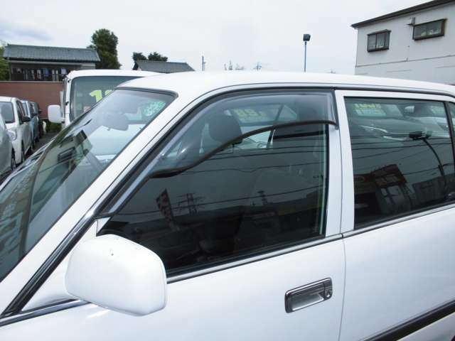 ★当店では、電気自動車からハイブリッド車、外車から軽自動車まで、厳選したお車を随時展示中です。もちろんお車の状態も、おすすめの1台をご提供させて頂きます!!是非ご来店頂きましてお車をご覧下さい!!
