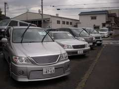 ◆全国のオートオークションや独自のネットワークよりプロの目でチェックした厳選車両を仕入れております。