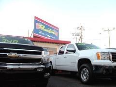各年式、カラー、グレード、など多彩に取り揃えたアメリカンフルサイズバンやトラックたち。貴方の一台を見つけて下さい。