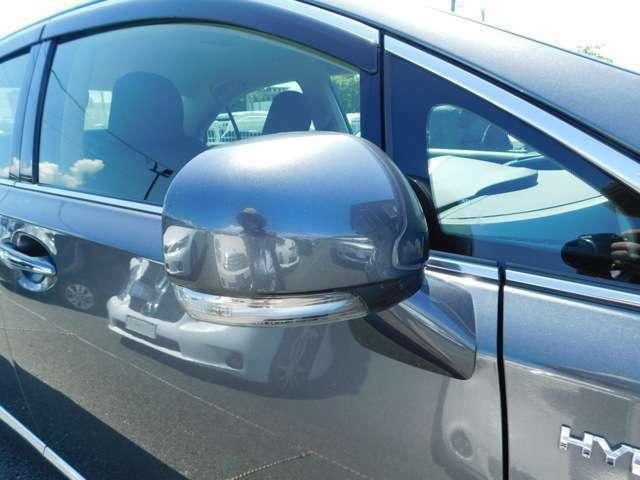 当店では自信を持っておすすめ出来るお車を、品質にこだわって仕入れ、整備、仕上げを行っております。