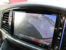 バックモニターがあるから苦手な車庫入れも安心、安全です。