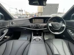 メルセデス・ベンツならではの上質なインテリアと運転しやすい車高の高さを是非ご体感ください。一度乗るとやみつきになりますよ。