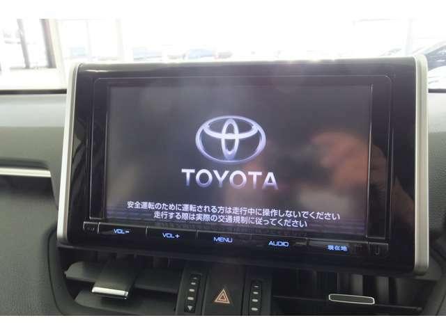 純正SDナビゲーション(DSZT-YC4T) DVD CD AM/FMチューナー Bluetooth対応(ハンズフリー/オーディオ) USB入力(動画/音楽再生/給電) Miracast対応 、Apple CarPlay TV